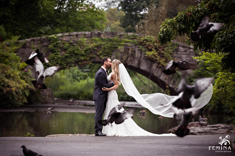 Loeb-Boathouse-Central-Park-NYC-Wedding-Photos-14